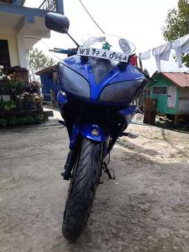 Yamaha R15 v2.0 in good condition