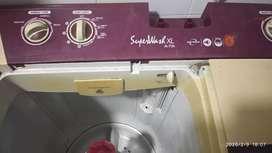 Whirlpool washing machine 7.2 kg semi automatic