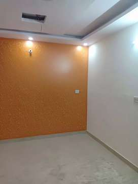 70 SQ yards independent floor with car parking 3bhk at 28 lacs 90% lon