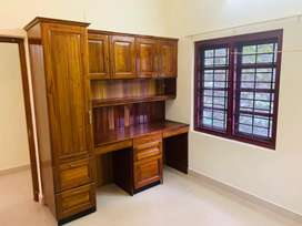 Aluva bank junction 3bhk flat for rent 15000monthly