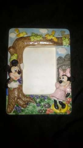 Bingkai foto Mickey dan Minnie Mouse