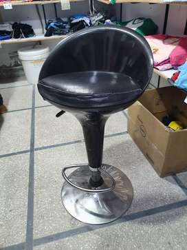 Bar chair black color