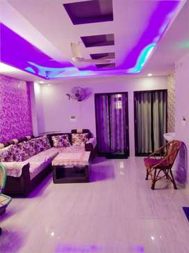 Indipendent flat for girls