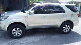 Toyota fortuner plat AD sragen  tahun 2008  barang istimewa