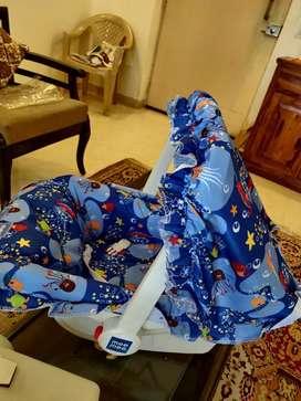 Mee Mee 5 in 1 Baby Cozy Carry Cot Cum Rocker (Dark Blue)