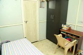 Saerah Homes, Low Budget Gents hostel with awesome food, top facilitie