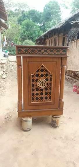 Mimbar masjid Soko