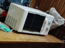 Oven New condition 10/9