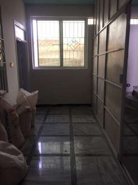 Brand new floor for rent available 150sq yard