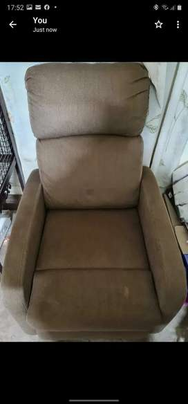 Recliner new not used kept packed