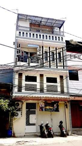 Jual cepat ruko plus rumah kos murah 4 lantai di Jakarta Utara