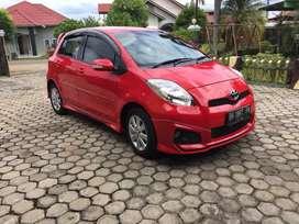 Mobil Toyota Yaris TRD Sportivo 2013
