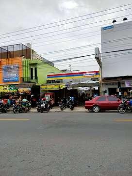 Dijual : Bangunan siap pakai utk usaha Di Pusat Kota kecamatan Parakan