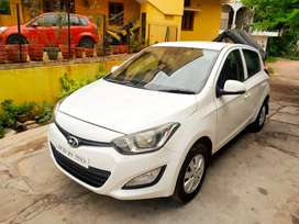 HYUNDAI i20 SPORTS 2012 DEISEL GENUINE 75 THOUSAND KM DONE