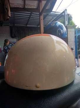 Helm clasic jadul