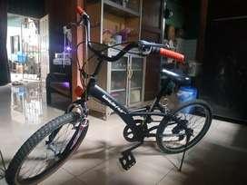 Sepeda mumer ukuran 18 buat anak SD dan smp