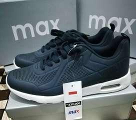 Wts sepatu brand Max fashion. Original 100%