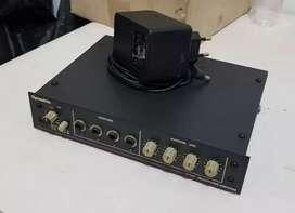 Headphones amplifier distribution stereo 4ch USA