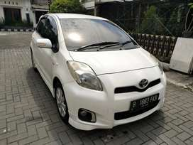 Toyota Yaris 1.5 E 2012 AT