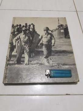 Buku jadul PERANG DUNIA II koleksi antik langka lawas vintage classic