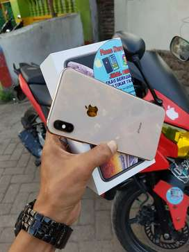 Iphone Xs Max 64gb Gold, Like New Bisa Tt