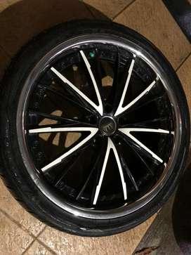 Velg Racing Vip Status Ring 20 5x114