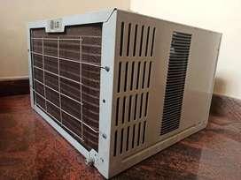 LG Window AC - 3 star 1 tonne Air conditioner