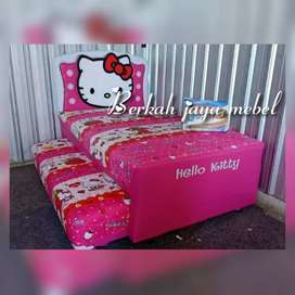 Spring bed helloy kity sorong