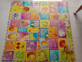 Play mat for babies and kids