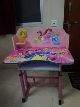 Disney study table with chair