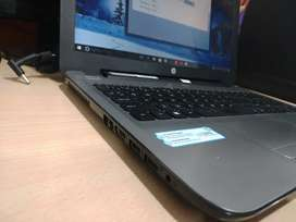 Hp notebook laptop I- 3 7th generation 1TB 4GB RAM