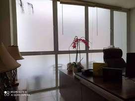 Tempat Pasang Kaca Film tolak panas Kantor kacafilm buram es sanblast