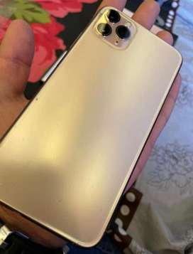 Iphone 11 Pro Max Gold 256GB in warrnty with all orignal accessories