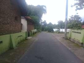 Jual Tanah bonus Rumah Jl aspal Kampung Barak utara Iwak Kalen godean