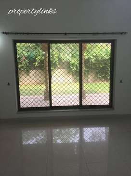 Full 09 bedrooms house Available on Rent F-7/1