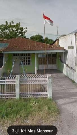 Rumah dan tanah luas