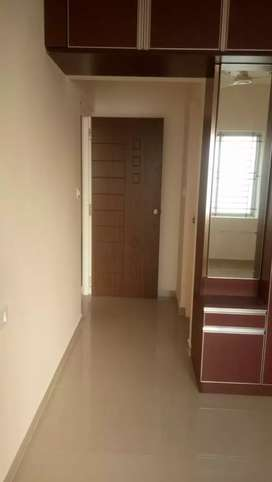 710/sq 2/nd floor Shop /office sale Bunts hostel