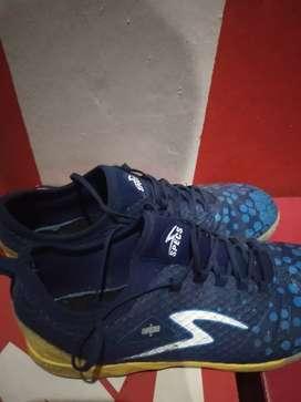 Sepatu SPECS metasala knight size 44