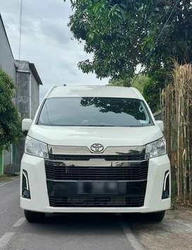 TOYOTA all  new Hi-ACE PREMIO 2.8 MANUAL Tahun : 2020 NIK 2020,km 4 rb