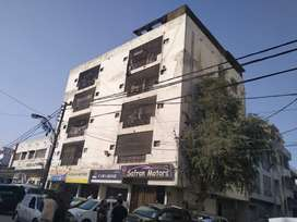 spacious corner flat at main shahre quaideen