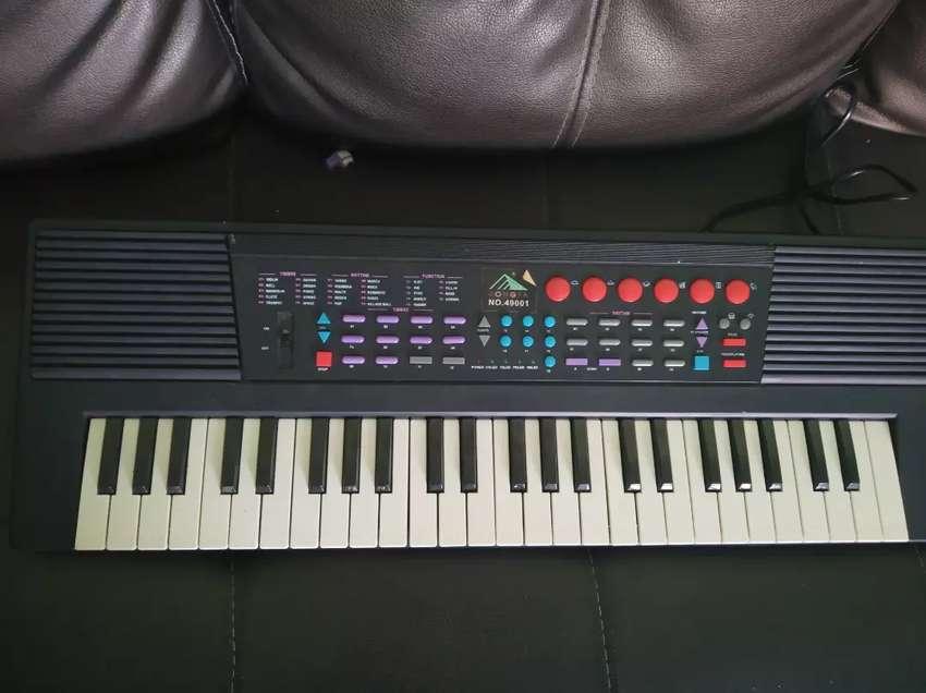 Piano electric kondisi mulus 0