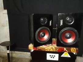 Speaker box pair
