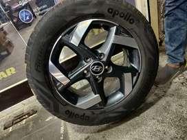 16 inches venue and creta OEM diamond cut stock alloys and tyres