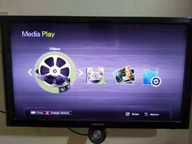 Samsung 26 Inch LED TV in Excellent Condition