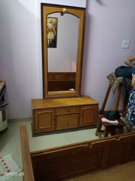 To sale dressing table