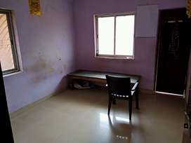 Rooms available for bachelors