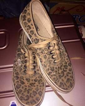 Vans Leopard size 43