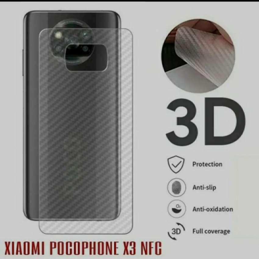 Garskin Carbon POCO X3 NFC motif garis2 Transparant New