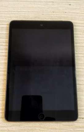 I Pad Mini 2 with Retina display, wifi+cellular,16 GB