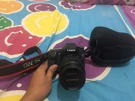 Kamera canon 70d + lensa 18-135mm